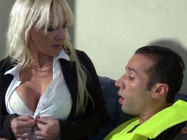 Gros seins - Vido Porno: Les populaires - Tonic Movies
